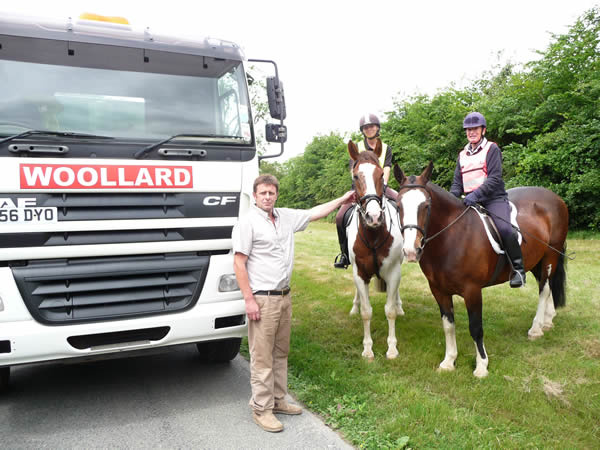 Peace has broken out between horse riders and an earth moving company in East Sussex