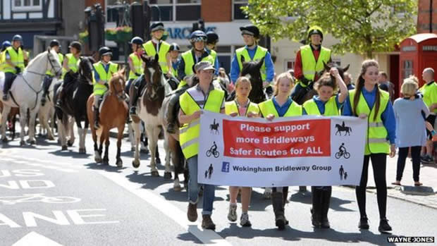 Horse riders protest at lack of bridleways